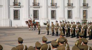A Troca de Guarda em La Moneda Santiago Chile
