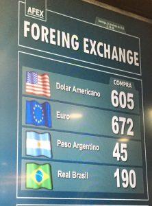 as-casas-de-cambio-no-aeroporto-de-santiago