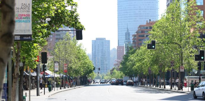 Isidora Goyenechea Street in El Golf – Santiago