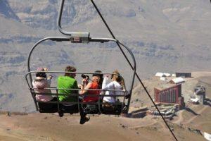 Passeio no Teleférico no Verão em Valle Nevado