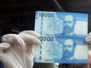 Pesos Chilenos Falsos I