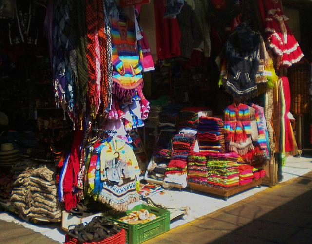 Feirinha Santa Lucia - Não deixe de Visitar!   SantiagoDoChile.com 3fe294fc76